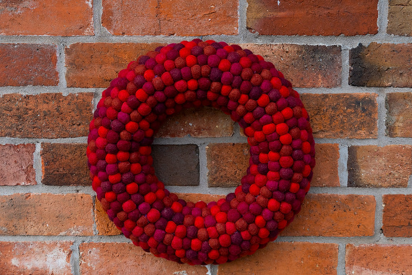 Mixed Red Feltball Wreath