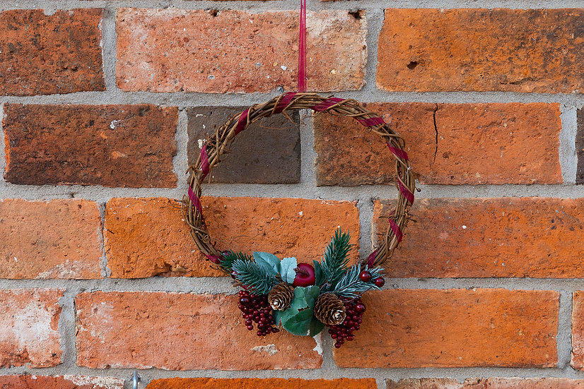 Small Hanging Wreath