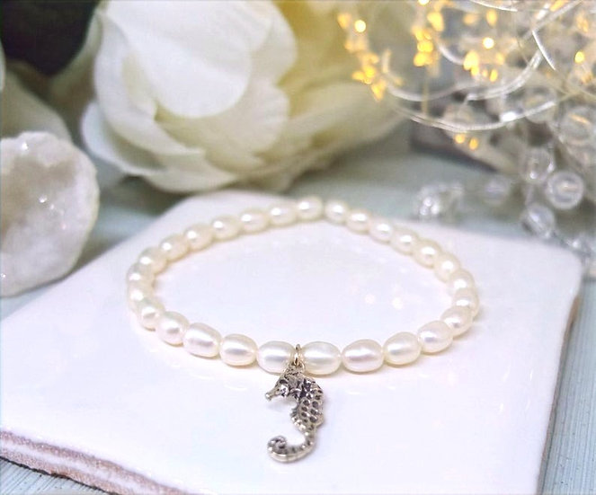 Freshwater pearl bracelet with sterling silver seahorse charm