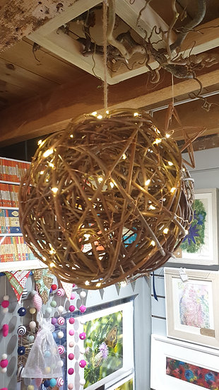 Hanging Willow Ball