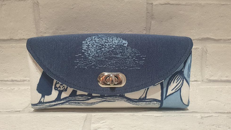 hedgehog clutch wallet
