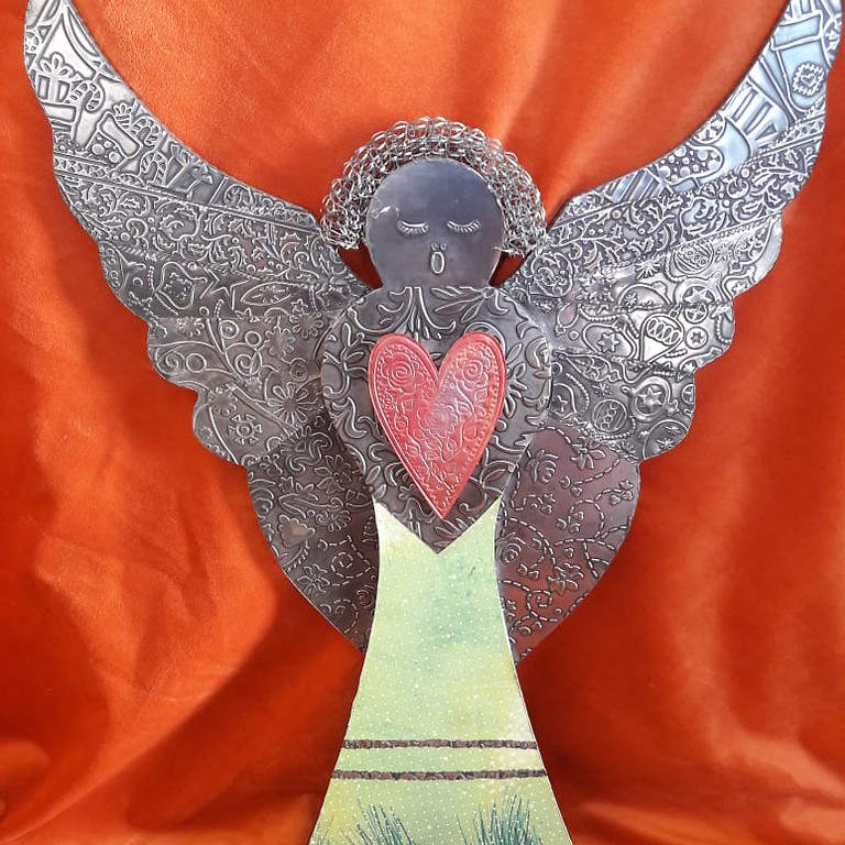 Christmas Pewter Angel (1)