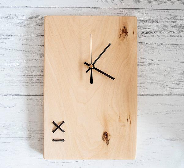 Criss Cross Clock