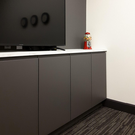 Finishing and Cabinet Installation Services
