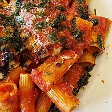 Fresh Tomato & Pesto Pasta