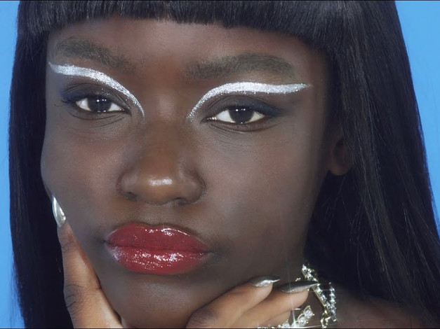 MAKE-UP I Supa Star Girl - How To Make It Look ICY
