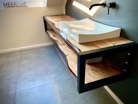 Badezimmer Sideboard aus Esche