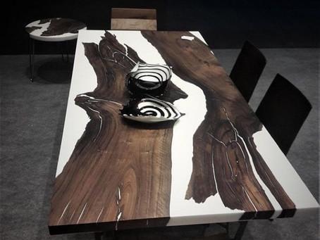 Island Table aus Nussbaum in Weiß