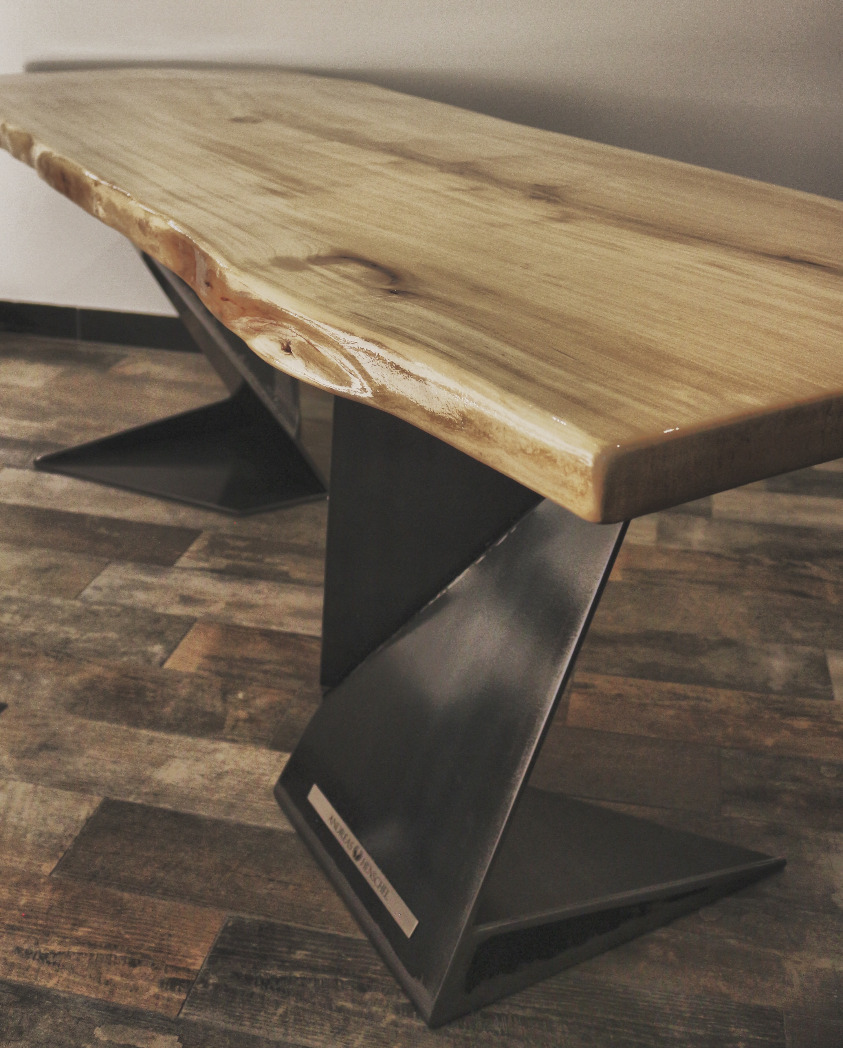 Steelware Andreas Henschel Geometik no.one table Tisch Esszimmertisch 001_edited