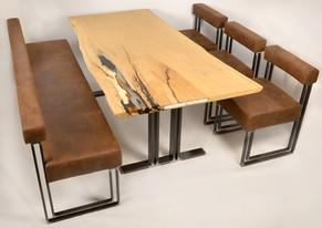 Sitzgruppen mit Esszimmertisch Stripline