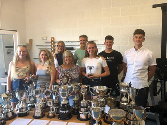Awards to top oarsmen and women
