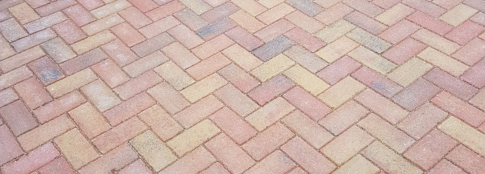 autumn block paving