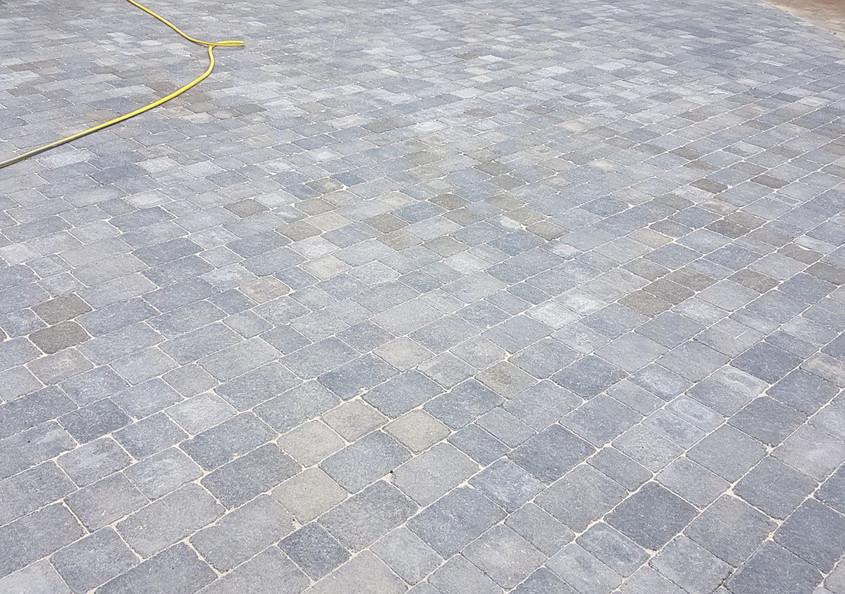 woburn rumble bradstone paving