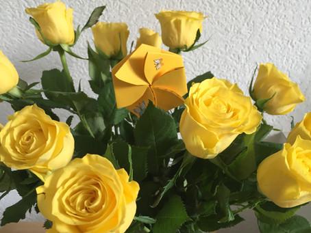 Aufklappbare Blume mit Wunsch