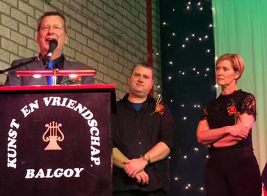 Gezellig en druk bezocht jubileumconcert KeV in dorpshuis 't Ballegoyke