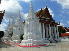 Wat Maha Pruettharam Worawihan_edited.jp