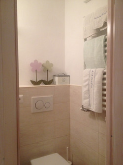 bagno camera bianca