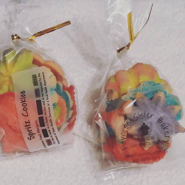 SPRITZ Cookie Treat Bags #Cookies #favoritesisterbakery #IloveBaking #homemade #homemadecookies #wed