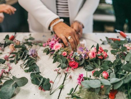 Blumenkränze binden – Workshops für JGA, Firmenevent oder Stores