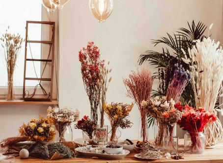 Trockenblumen Workshop   Wie wickelt man Trockenblumenkränze?   Sticken mit Trockenblumen