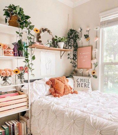 pretty girly tiny bedroom ideas