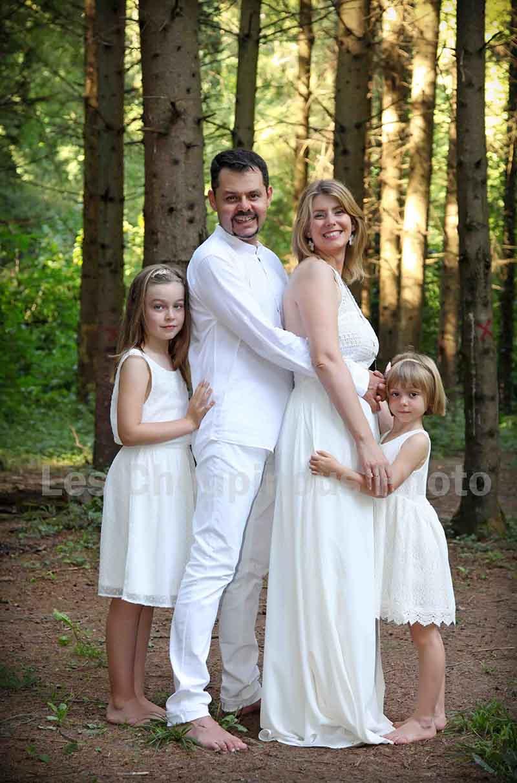 photo de famille dans les bois, alsace