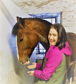 Eeva Jaakonsalo luennoi mindfulnessista Horse & Rider in Motionissa.