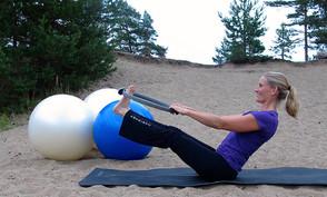 Pilates ja Spiraalistabilaatio ratsastajan harjoittelussa
