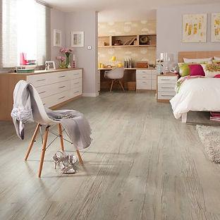 Country-Oak-Karndean-bedroom-flooring-vi