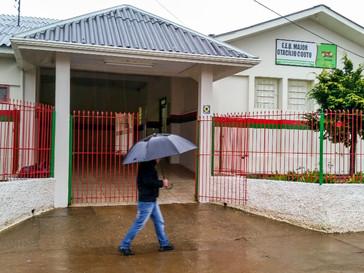 Aulas estão suspensas nas redes municipais e estadual de Campo Belo do Sul neta segunda pelo agravam