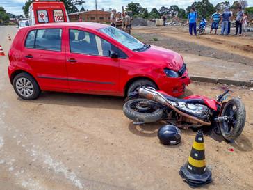 Carro e moto colidem de frente em Campo Belo do Sul