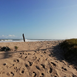 Go beyond Ghana: Kanootin kapean, vesille työnsin...