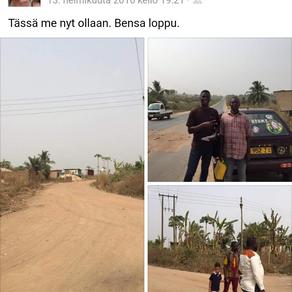 Intensiivitutustuminen Ghanan katuarkeen (ja omaan itseen) - ota trotro!