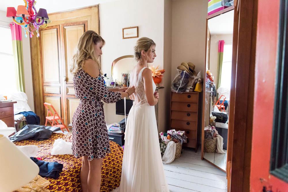 les préparatifs de la mariée.