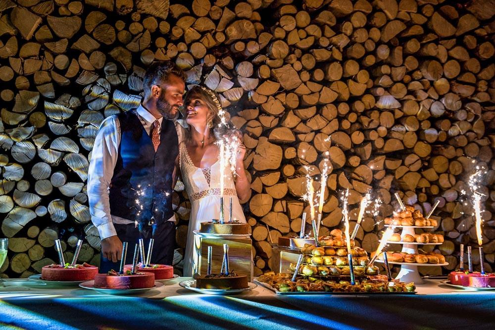 C'est leur du dessert pour la magnifique soirée de mariage de Hugo et Chloé