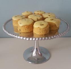 Passionfruit & White Chocolate mini cakes