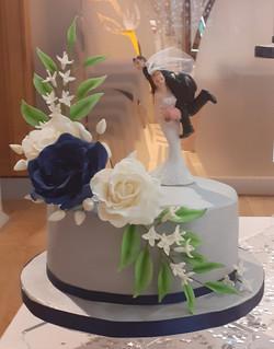 Silver wedding cake 2