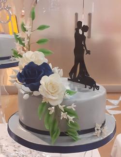 Silver wedding cake 3