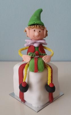 Mini Elf Christmas cake