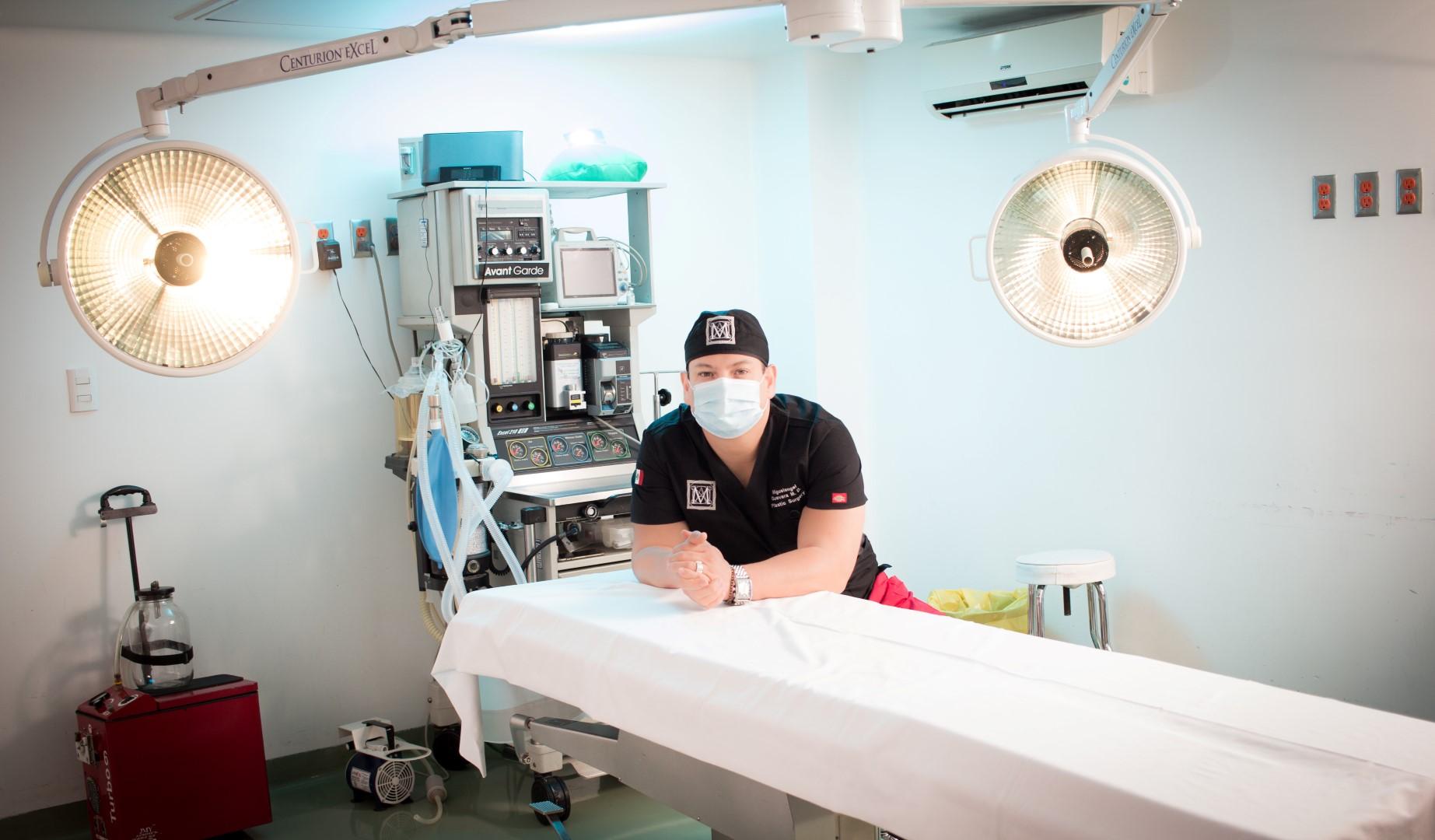 DOCTOR GUEVARA_LAZCANO (Large)