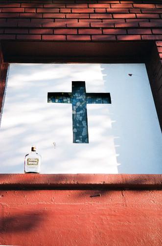 Henny Cross by Malcolm Cunningham