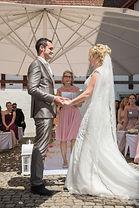 Hochzeitszeremonie mit Herz