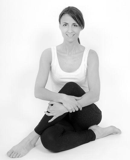 Milena_Yoga_Hockenheim_Sitz_edited.jpg