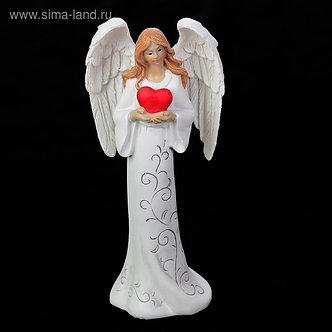 """Сувенир полистоун """"Ангел девушка в платье с узором с сердцем в руках"""" 15,5х7,5х5"""