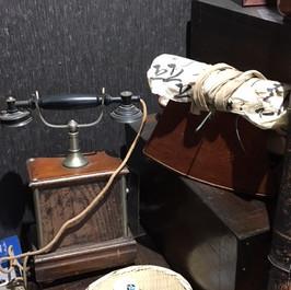 江戸時代の枕と電話