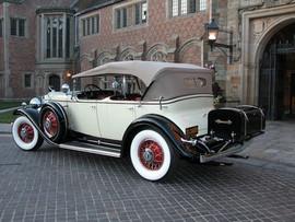 '31-Cadillac5.jpg