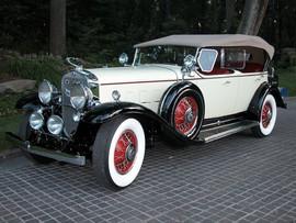 '31-Cadillac3.jpg