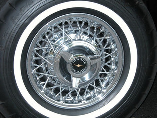 '63-Ford-T-Bird-Tire.jpg