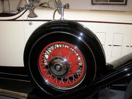 '31-Cadillac-Dual-Side-Mount.jpg