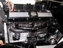 '31-Cadillac-Engine.jpg